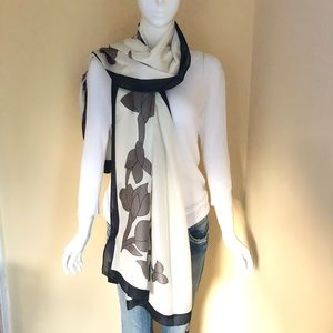 SCARF 100% Silk Black Gray Off White Floral Print